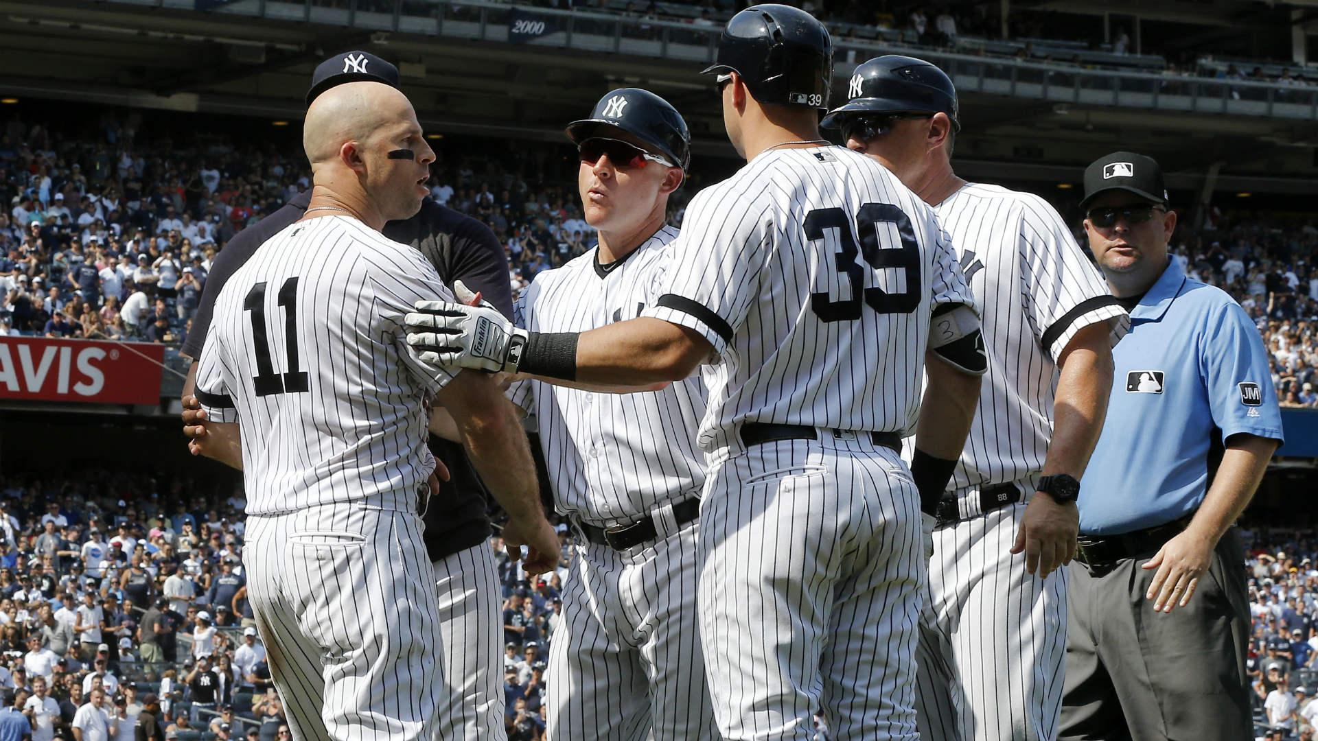 Yankees adopt Brett Gardner's dugout antics for new celebration