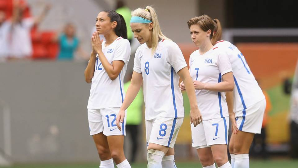 U.S. Soccer asks court to consolidate discrimination lawsuits from USWNT, Hope Solo