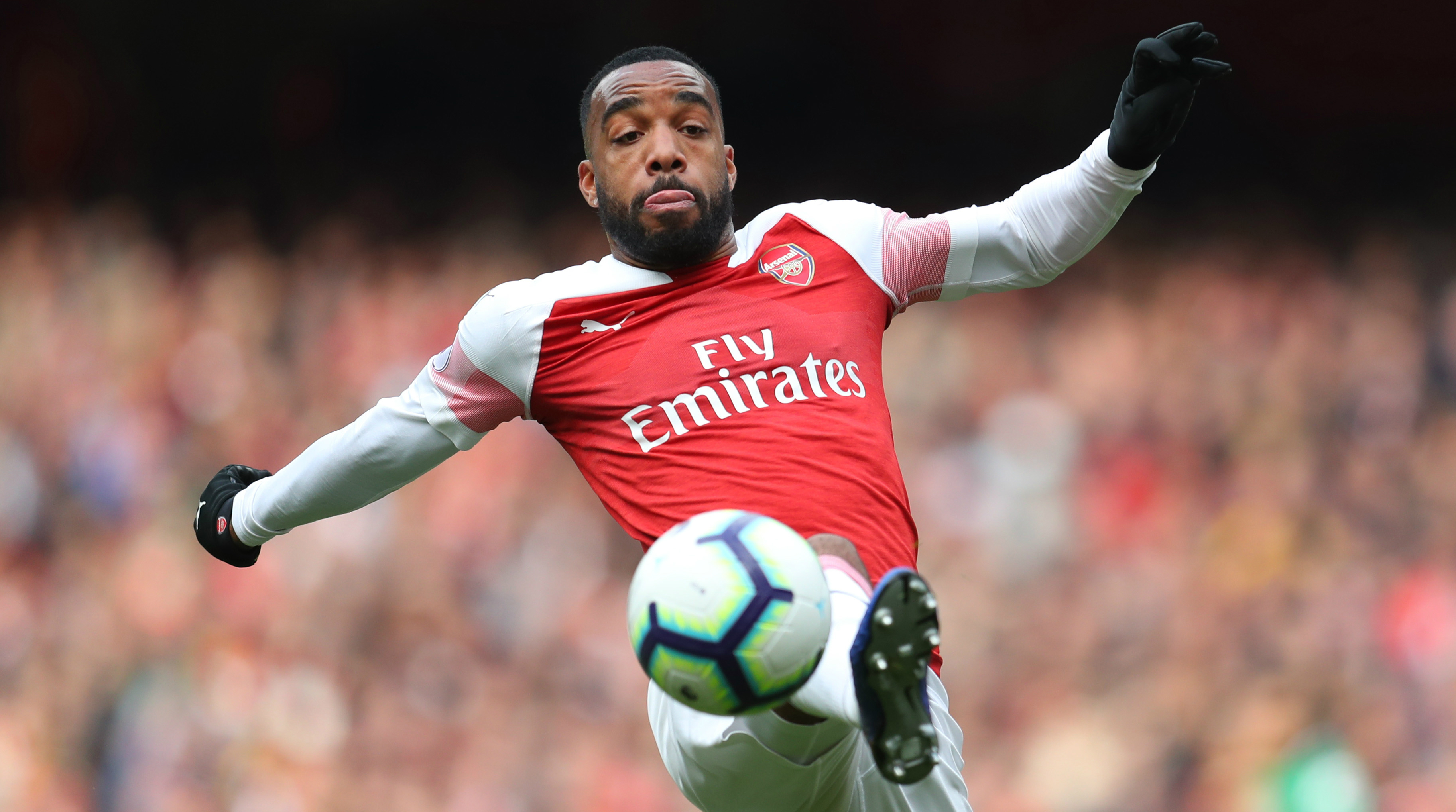 Alexandre Lacazette is flattered by Barça's interest in him