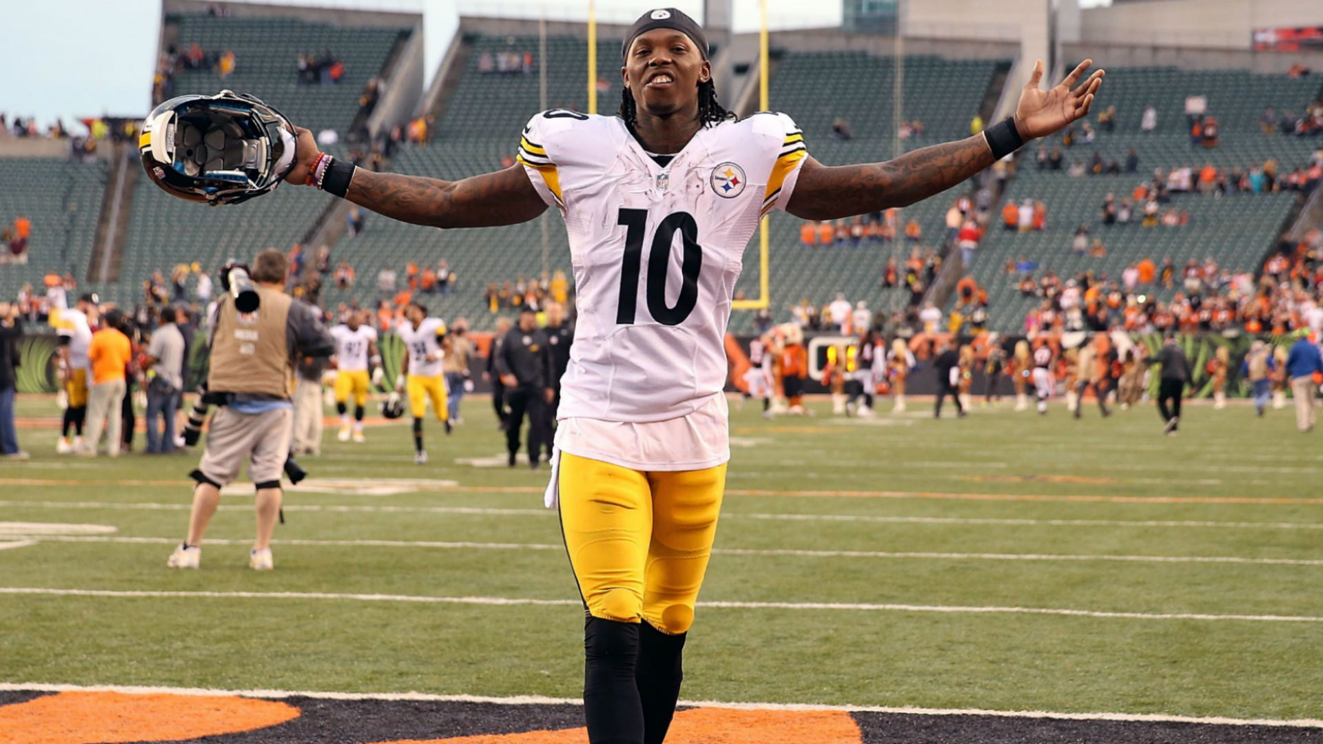 finest selection f10da 2aabf Steelers trade Martavis Bryant to Raiders | Sporting News
