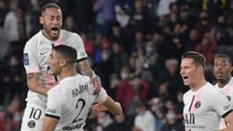 PSG celebrate Achraf Hakimi's winner at Metz