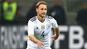 Howedes-Cropped