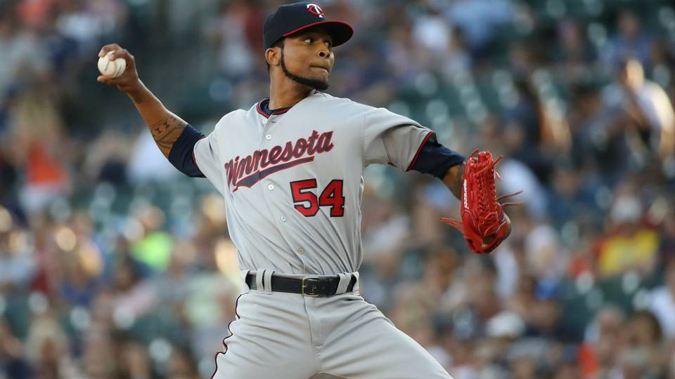 Twins starter Ervin Santana on team's front office: 'They took our pieces away'