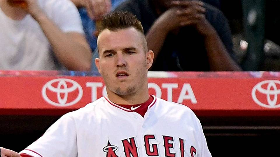 Mike Trout injury update: Angels star (finger) hopes to be back in CF 'in a few days'
