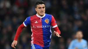 mohamed elyounoussi - cropped