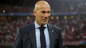 Zinedine Zidane_smile_cropped