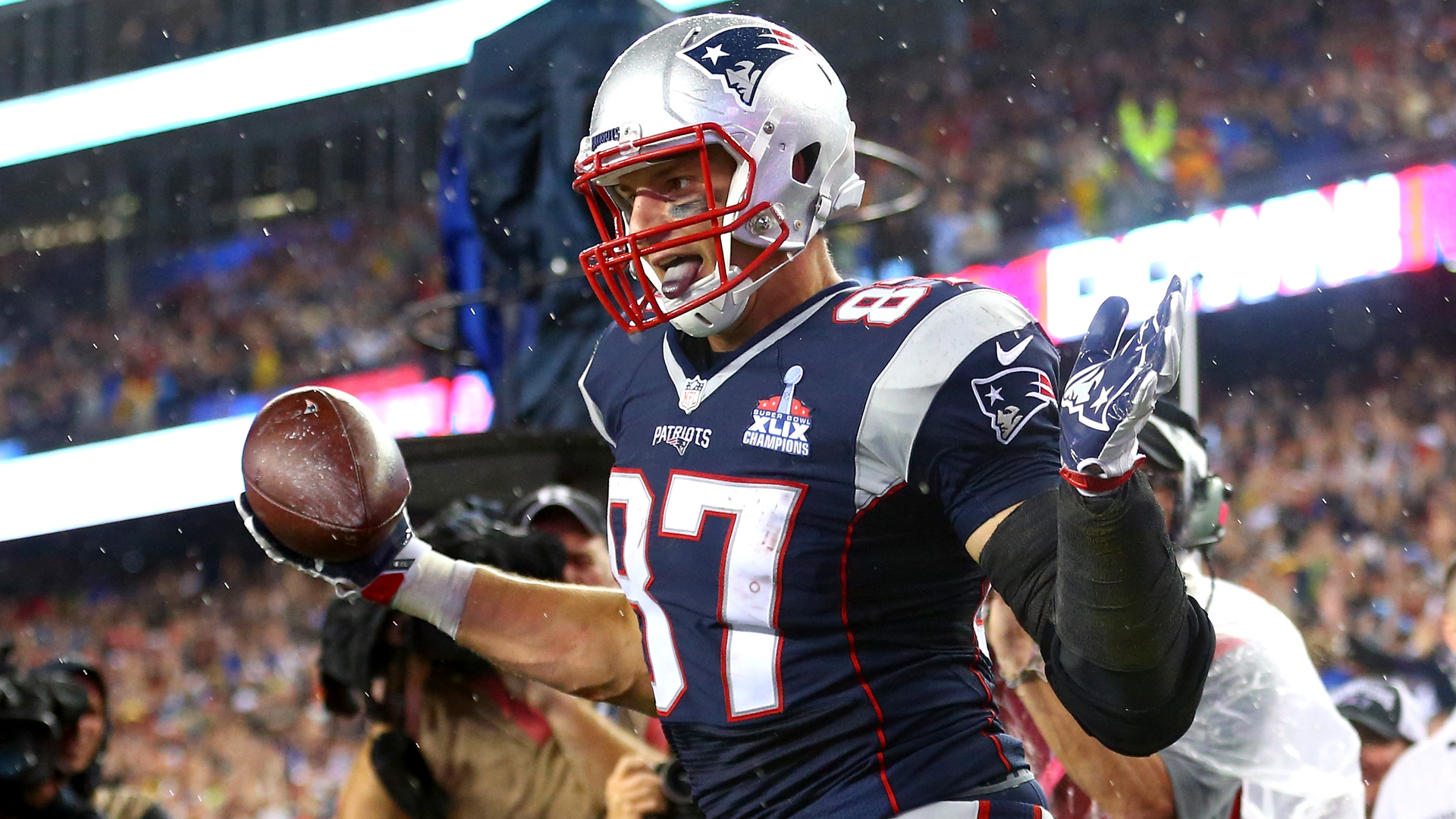 best service 78e6d f5c63 Rob Gronkowski to play Thursday against Texans | Sporting News