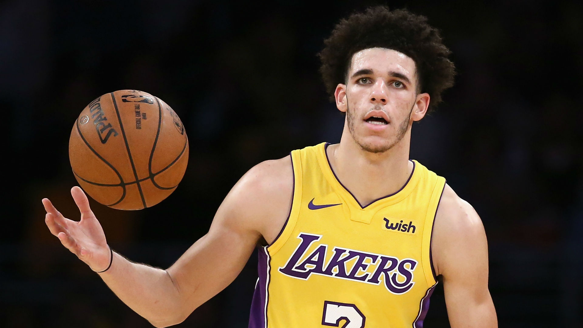 Lonzo Ball has 'no complaints' after benching in fourth quarter of Lakers win