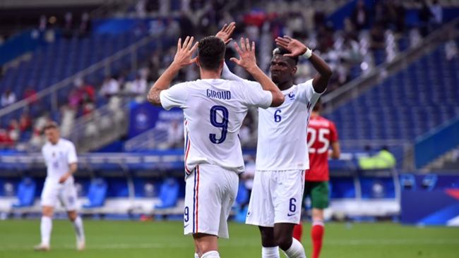 Paul Pogba and Olivier Giroud
