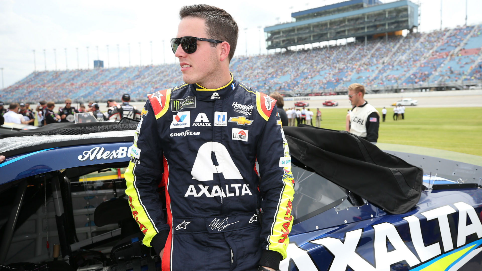 WATCH: Alex Bowman's drive shaft blows up during qualifying