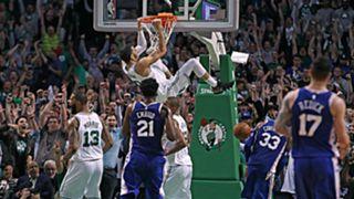 Jayson Tatum dunks