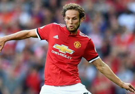 Manchester United and Ajax agree Blind fee