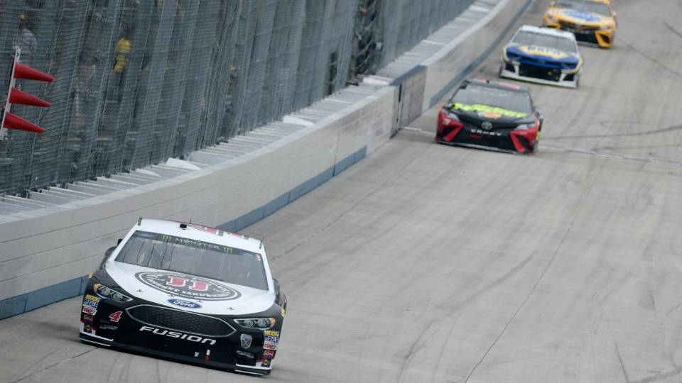 NASCAR results at Dover: Kevin Harvick earns fourth win in dominating fashion