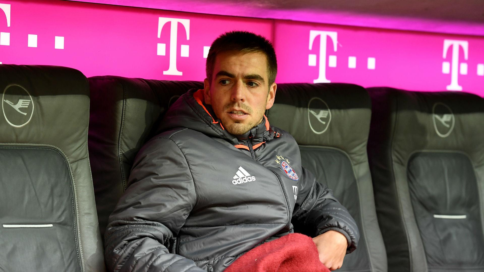 Bayern Munich part company with coach Carlo Ancelotti after PSG defeat