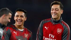 Alexis Sanchez Mesut Ozil - cropped