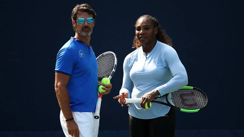 Serena Williams' coach says on-court coaching would 'add to the drama' of grand slams