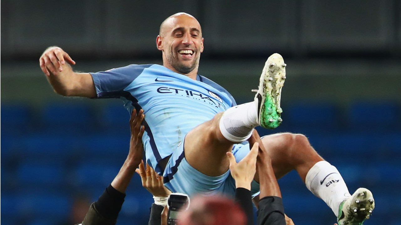 Emotional Zabaleta expresses love for Manchester City