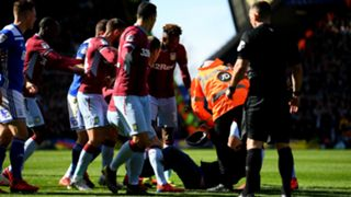 Pitch invader - cropped