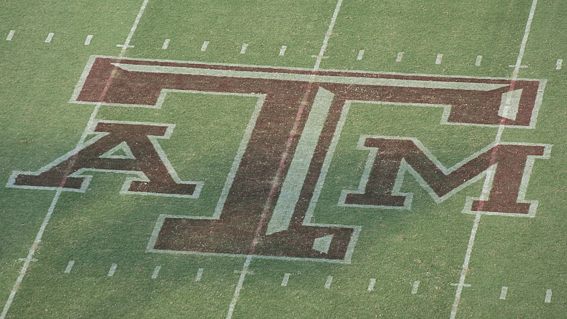 Texas A&M nabs top uncommitted QB in 2020 class