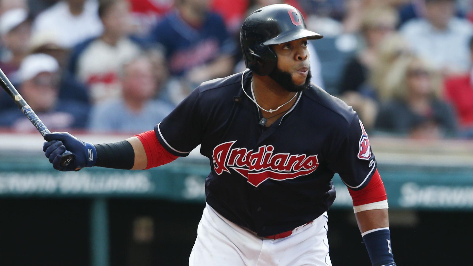 MLB free agency rumors: Phillies pick up big bat in Carlos Santana