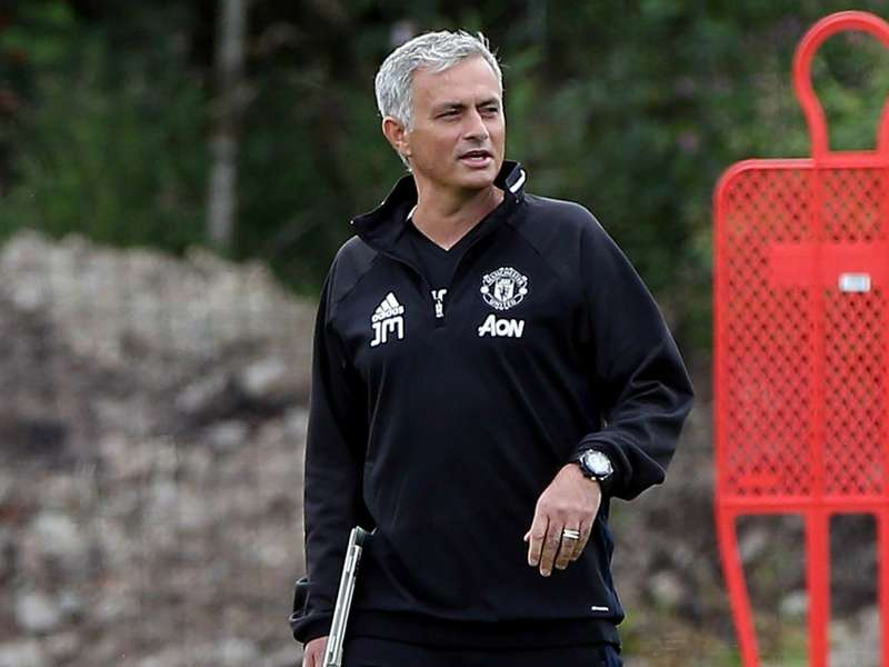 Mourinho hits out at football's 'Mother Teresas'