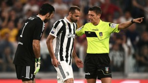 Chiellini injured - cropped