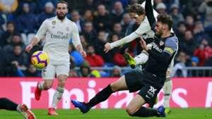 Modric_Sevilla_cropped