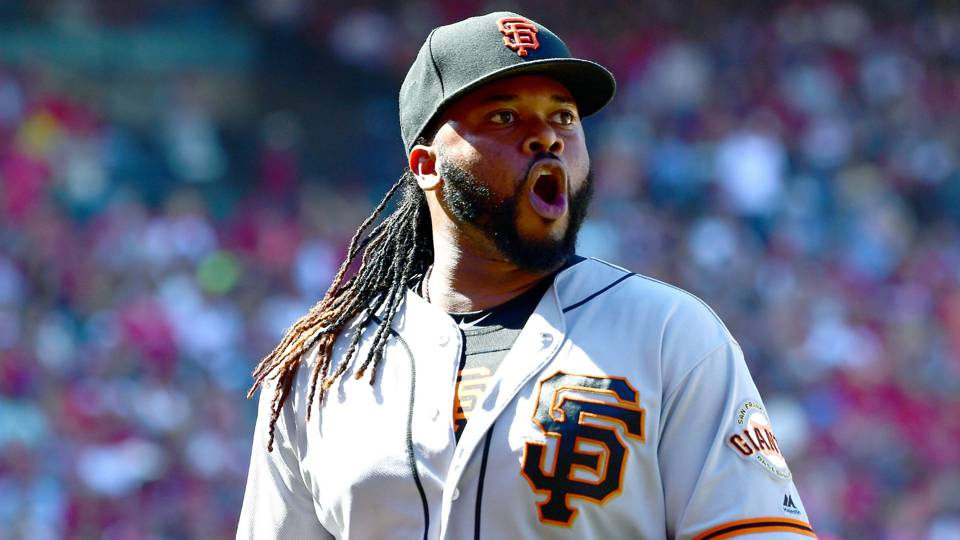 MLB wrap: Johnny Cueto lowers historic ERA in Giants win