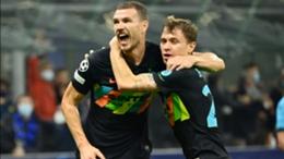Edin Dzeko (L) and Nicolo Barella celebrate against Sheriff