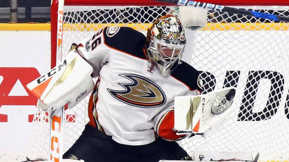 Ducks sign goaltender John Gibson to 8-year, $51.2M contract extension
