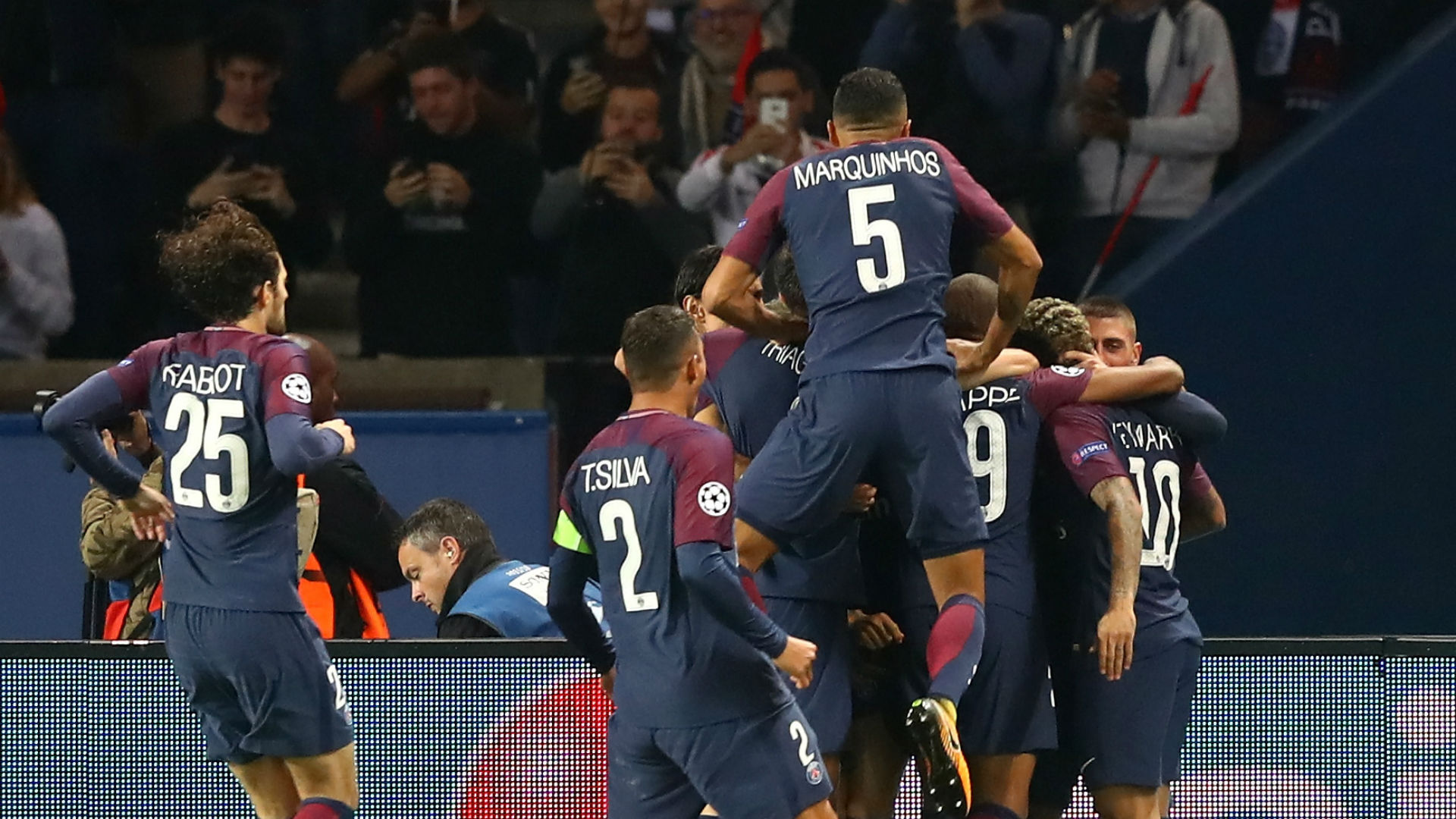 PSG's Neymar, Mbappe and Cavani combine for magical, insanely smooth goal
