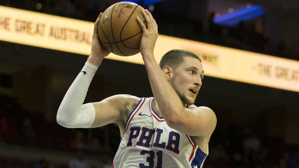 76ers apologize after offensive tweets from Mike Muscala's father surface on burner account