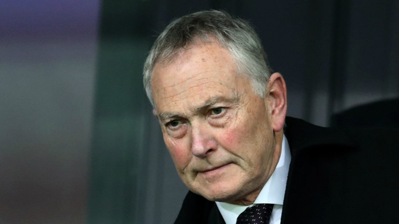 Premier League clubs £5m 'golden handshake' accepted by Scudamore