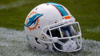 dolphins-helmet-113016-usnews-getty-ftr