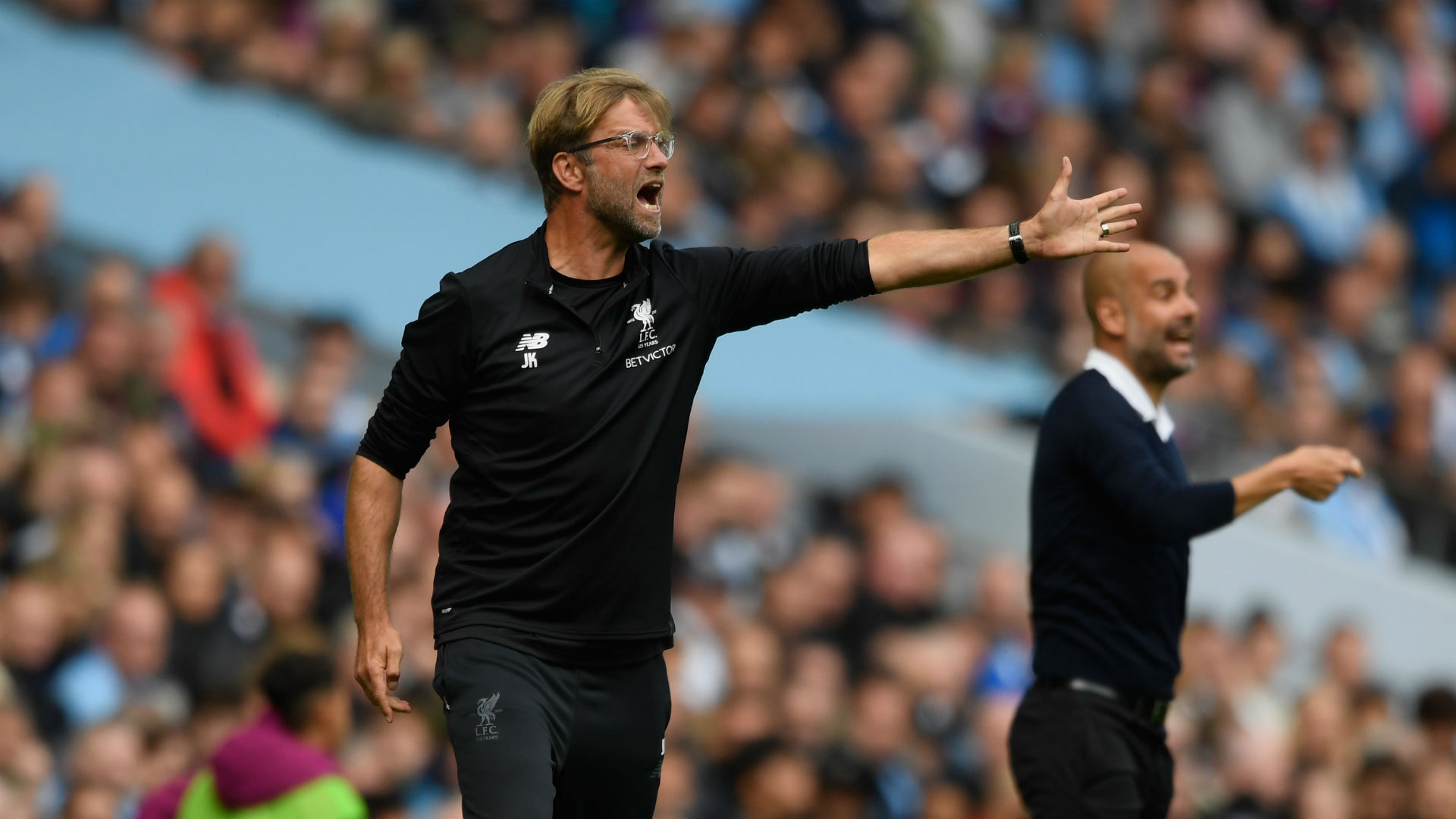 Man City defeat 10-man Liverpool 5-0