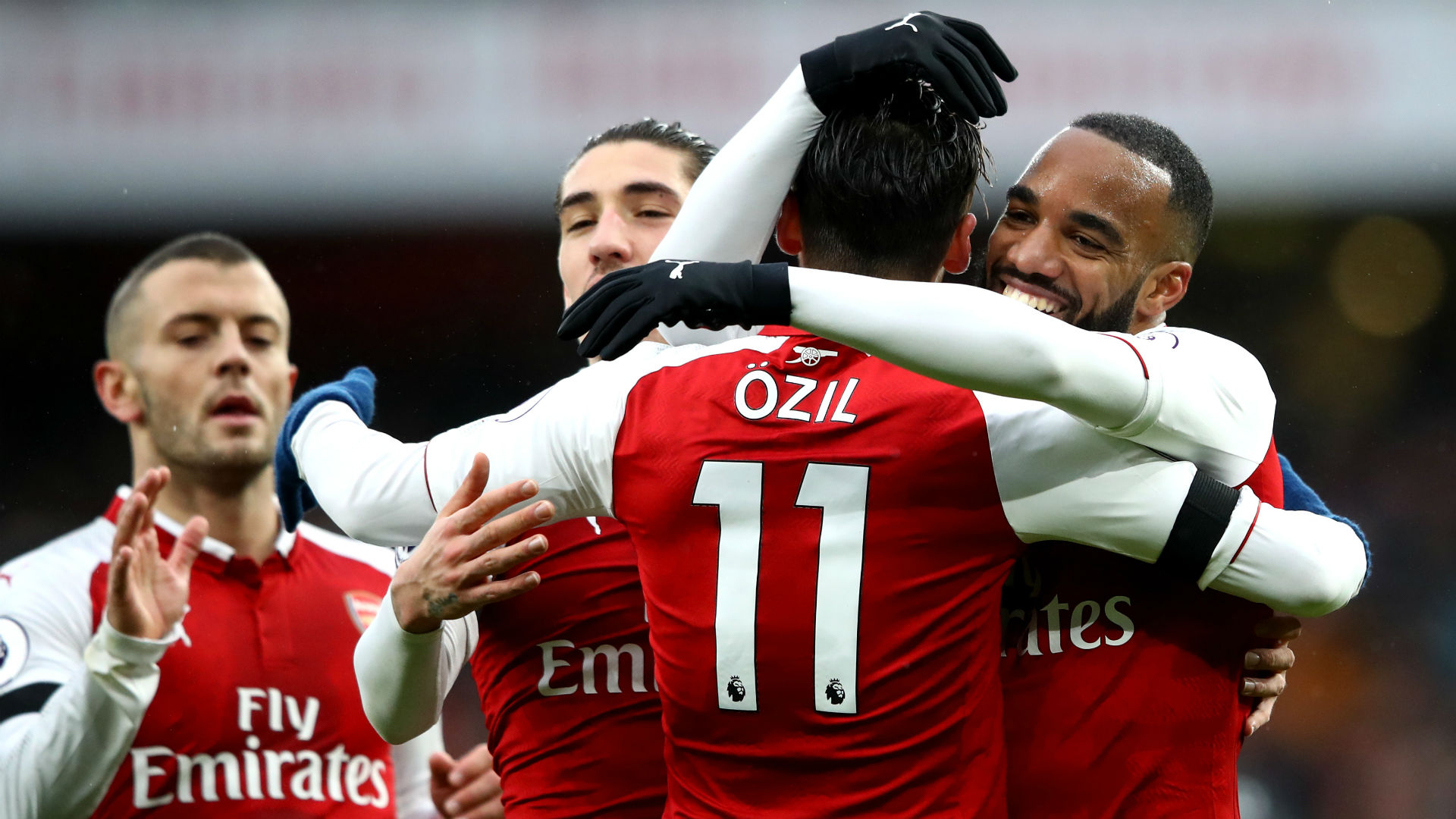 Rampant Arsenal put four past Palace to end winless run