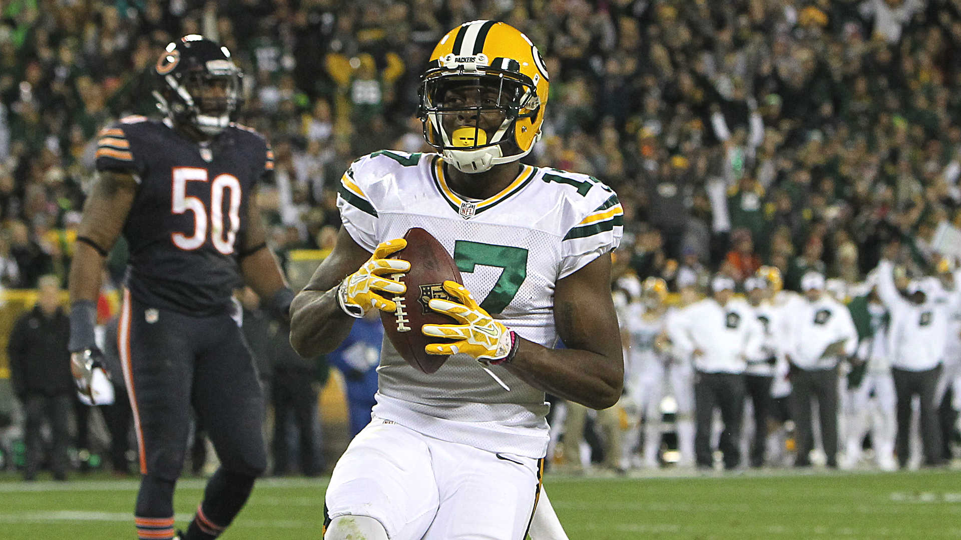 'Baby Jesus' Davante Adams steps up for Packers on record ...