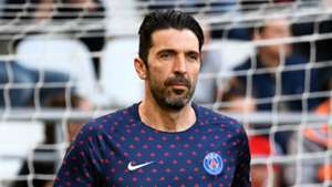 Buffon considers taking year off after rejecting PSG offer