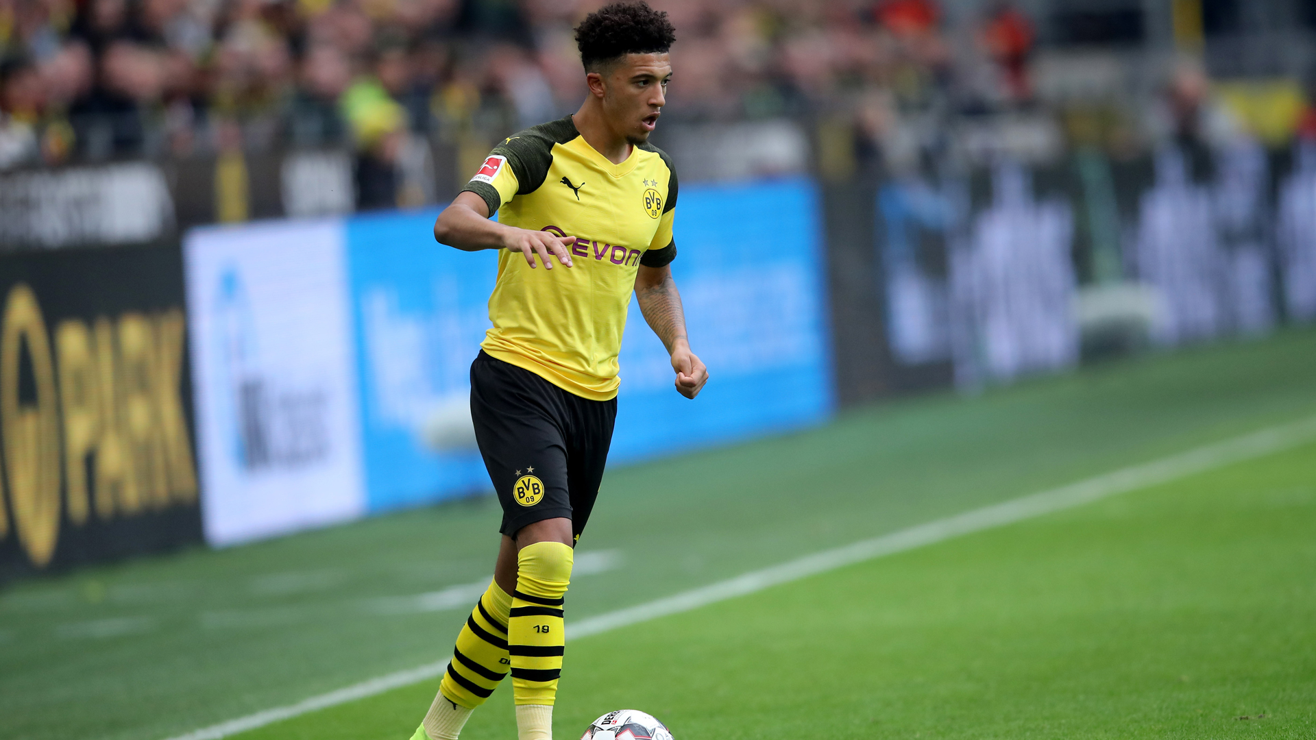 'At 18, that's something special': Borussia Dortmund coach hails Jadon Sancho