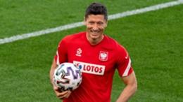 Robert Lewandowski has only two goals in eight Euro appearances