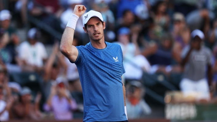 Former world number one Andy Murray has called for players to take up the coronavirus vaccine