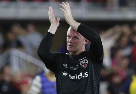 Rooney applauds exciting England