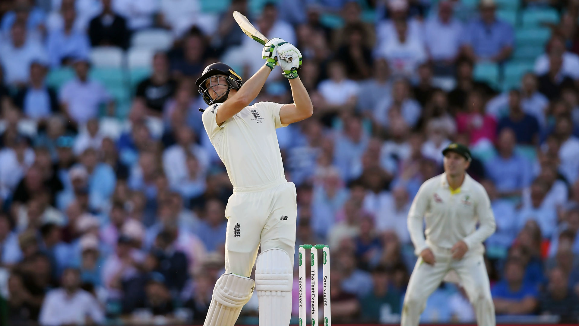 Ashes 2019: Jos Buttler leads late rally by England