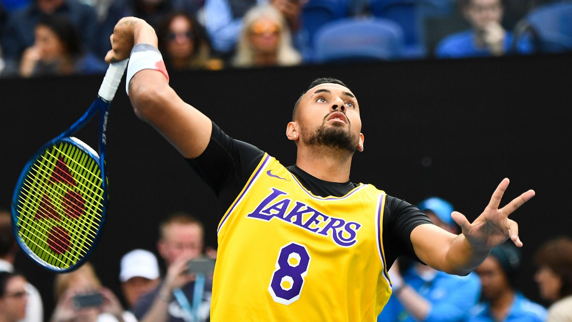 Nick Kyrgios, fanático de toda la vida de la NBA, compite con un corazón pesado cuando la muerte de Kobe Bryant llega al Abierto de Australia 2