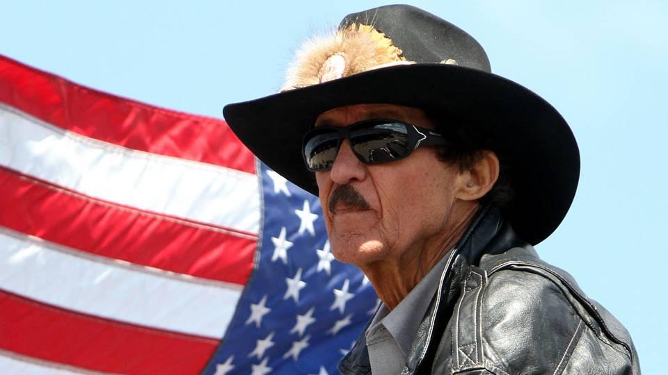 NASCAR legend Richard Petty offers chance to win custom Camaro SS