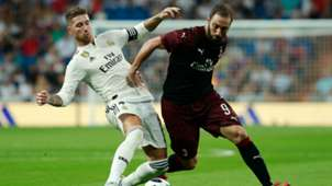 Sergio Ramos and Gonzalo Higuain - cropped