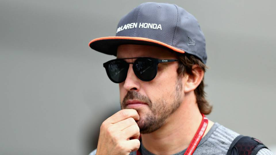 NASCAR invites Fernando Alonso to race in Daytona 500