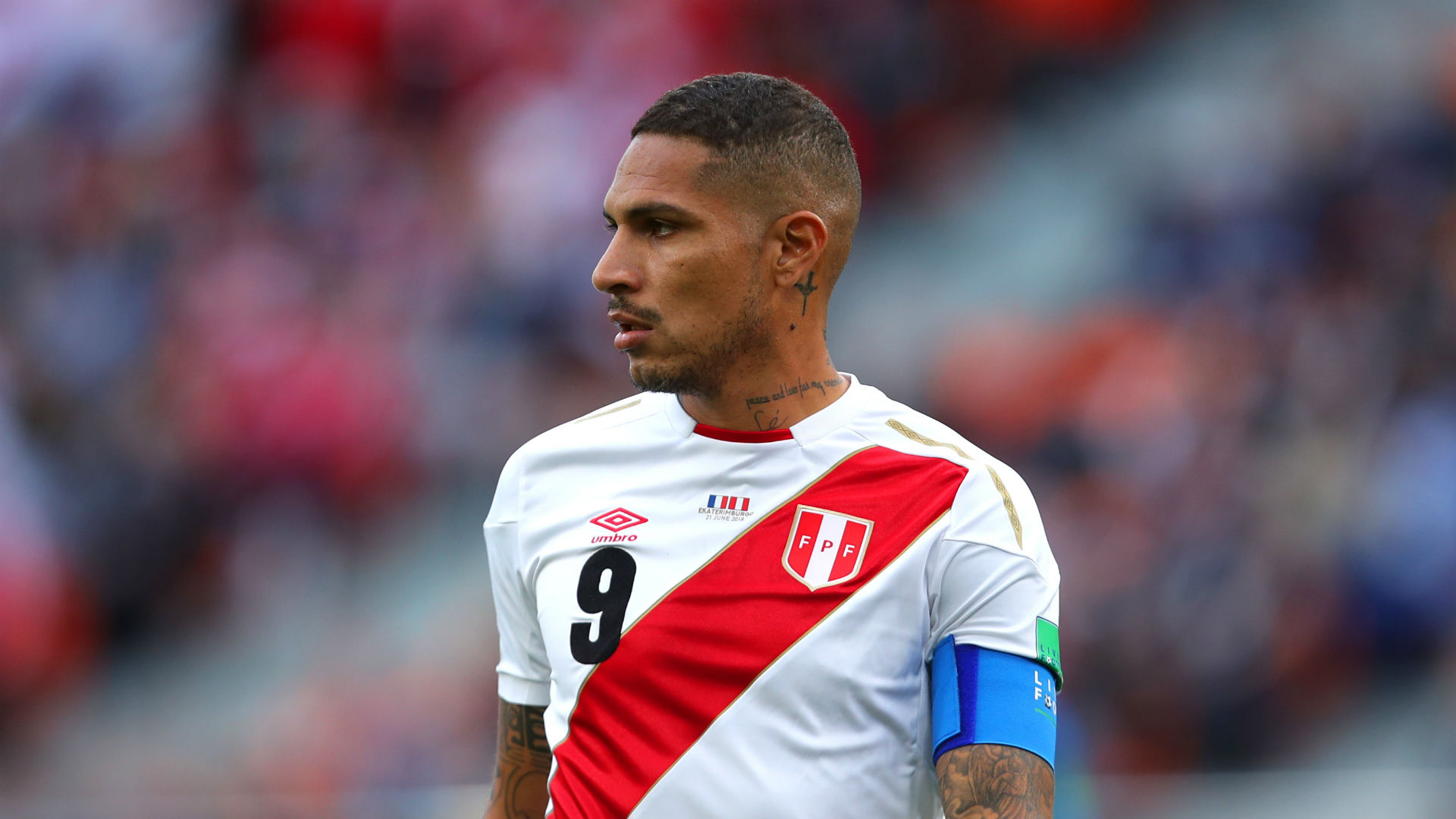 Paolo Guerrero Hugs Mile Jedinak For Helping Him Play At World Cup