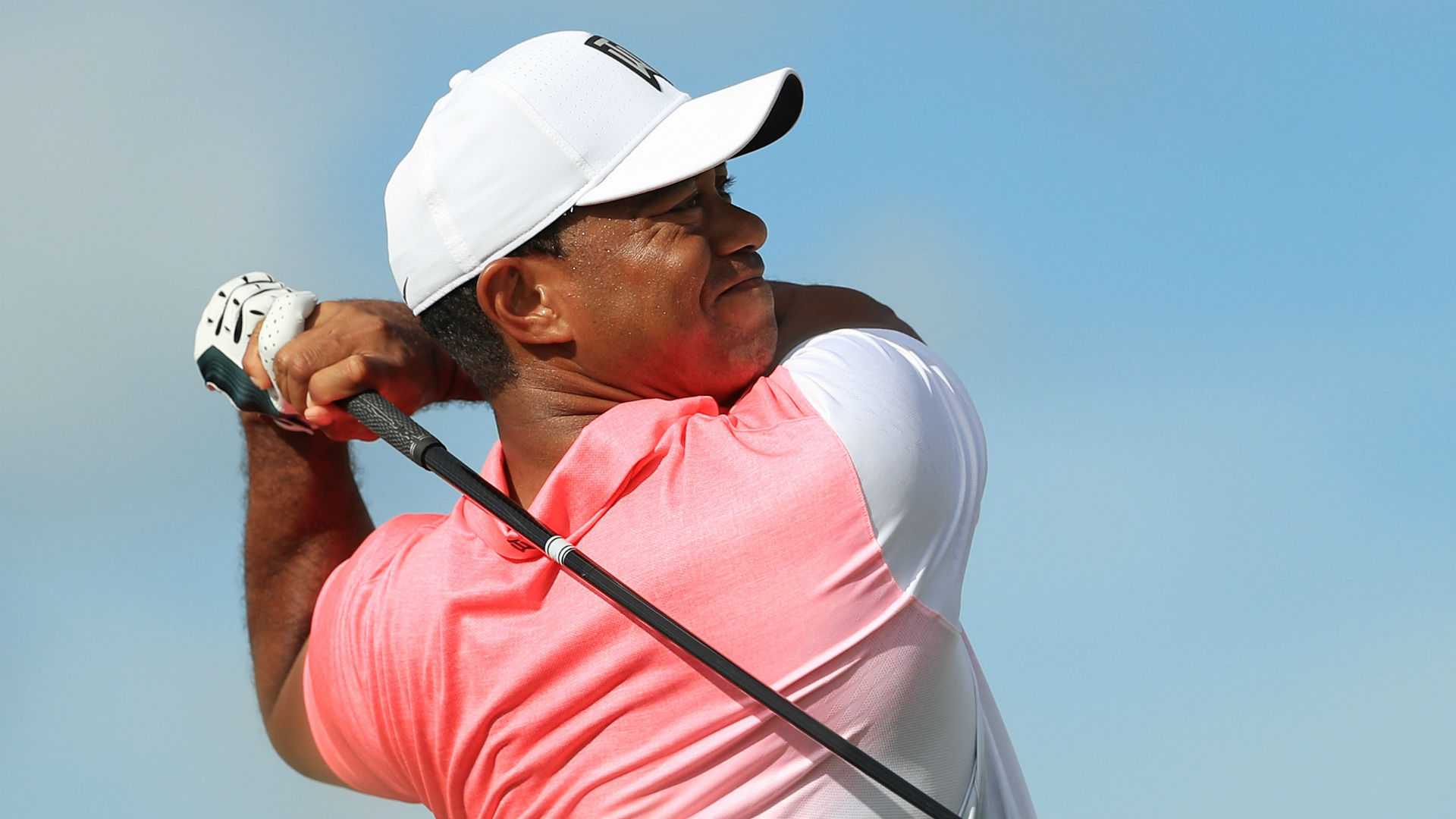 WATCH: Vintage Tiger Woods? Drive a par-4 green, roll in the eagle putt