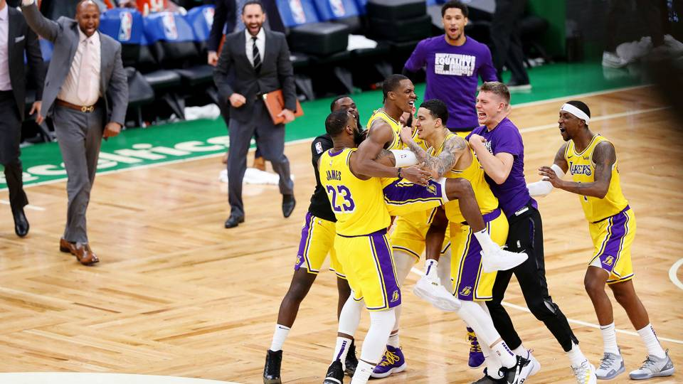 NBA wrap: Rajon Rondo's buzzer beater lifts Lakers to road win over Celtics